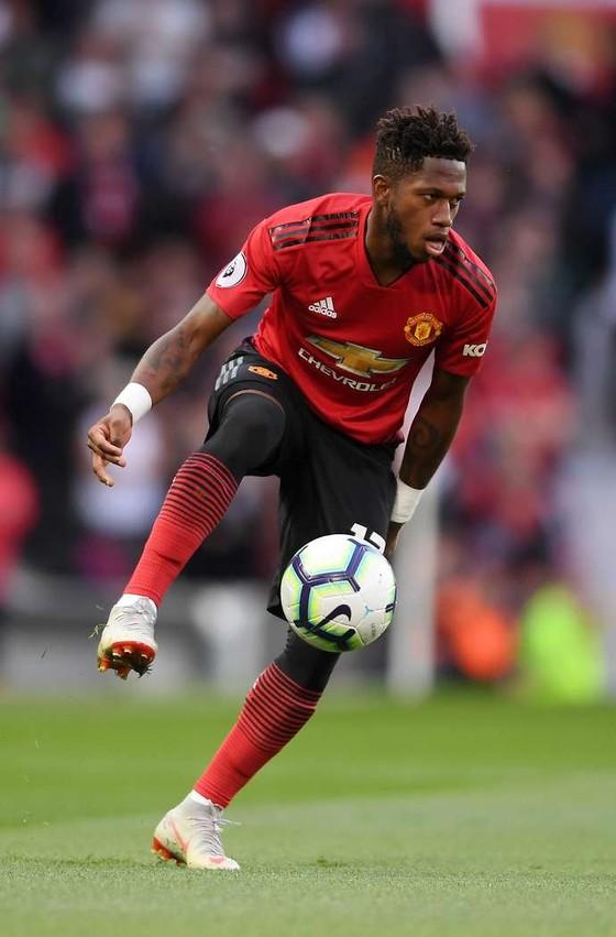 """Fred: """"Cựu tiền vệ Arsenal khuyên tôi gia nhập Man United"""" ảnh 1"""
