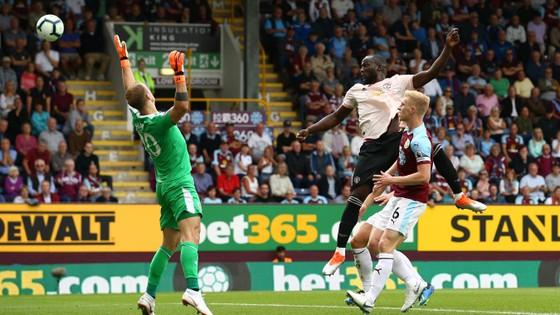 (TRỰC TIẾP) Burnley - Manchester United ảnh 4