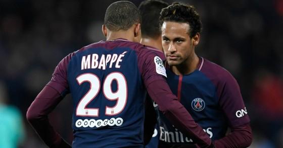 "Diego Simeone ""chọn Neymar hơn là Mbappe"""