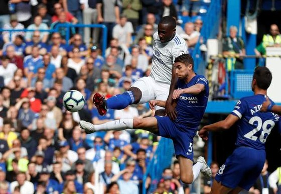 Chelsea - Cardiff City 4-1:Hazard ghi hat-trick, Chelsea chiếm ngôi đầu ảnh 2