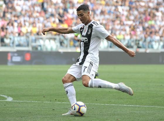 Cristiano Ronaldo giúp Juventus tăng doanh thu nhanh chóng.