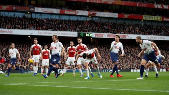 Arsenal - Tottenham 4-2: Màn trình diễn kinh hoàng ở Emirates ảnh 3