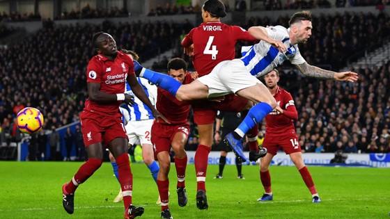 (TRỰC TIẾP) Brighton - Liverpool: Thách thức đội đầu bảng ảnh 6