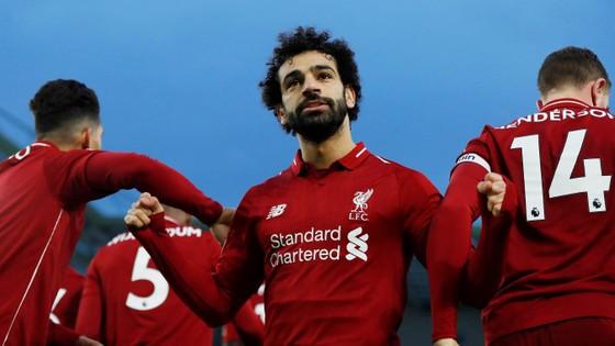 Salah lập công khi Liverpool thắng sít sao Brighton 1-0