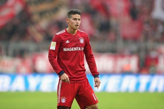 James Rodriguez sẽ thay thế Oezil ở Arsenal?