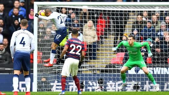 TRỰC TIỀP: Tottenham - Newcastle: Thế trận cân bằng ảnh 3