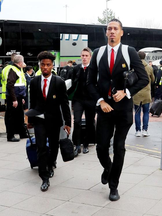 Mất 10 trụ cột, Man United mang 8 cầu thủ Học viện đương đầu PSG ảnh 2