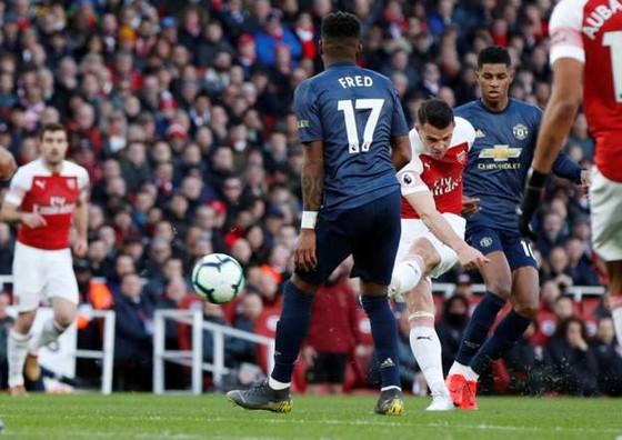 Man United thua đau Arsenal 0-2, Solskjaer mất chuỗi trận bất bại ảnh 4