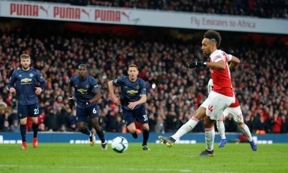 Man United thua đau Arsenal 0-2, Solskjaer mất chuỗi trận bất bại ảnh 10