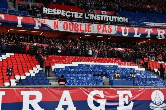 Balotelli thua trận, nhưng PSG chìm trong nỗi buồn