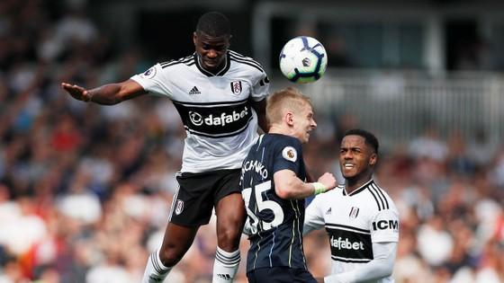 Fulham - Man City 0-2: Silva và Aguero tỏa sáng, Man Xanh chiếm lại ngôi đầu ảnh 7