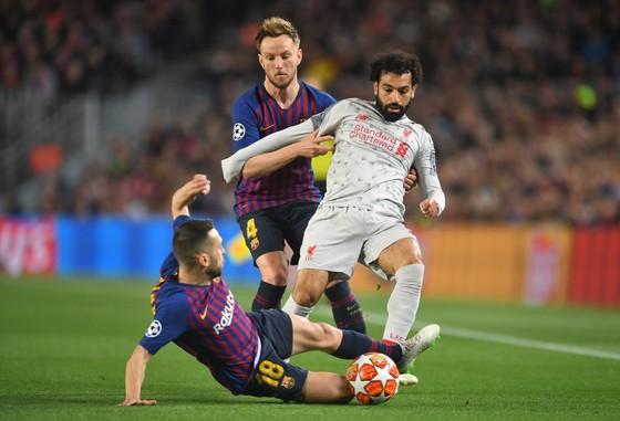 Mohamed Salah sẽ đá chính bên cạnh Origi và Sadio Mane