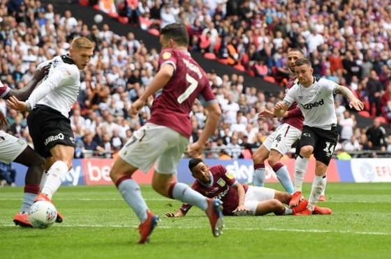 TRỰC TIẾP: Aston Villa - Derby County: Quyết chiến ở Wembley ảnh 8