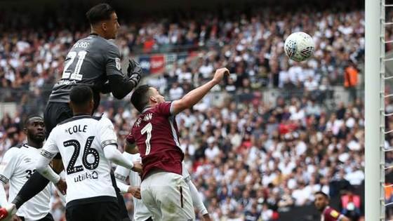 TRỰC TIẾP: Aston Villa - Derby County: Quyết chiến ở Wembley ảnh 7