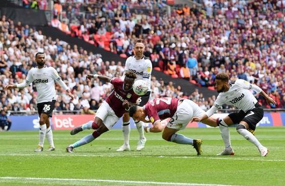 TRỰC TIẾP: Aston Villa - Derby County: Quyết chiến ở Wembley ảnh 5