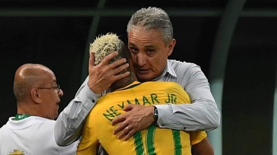 HLV Tite và Neymar ở tuyển Brazil.