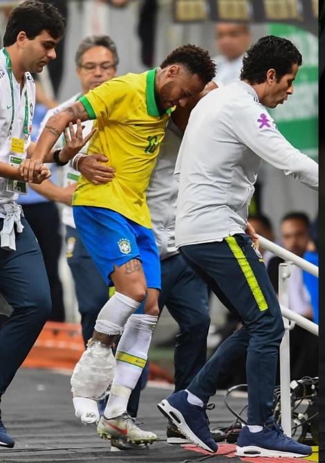 FIFA sẽ phải bồi thường cho PSG vì Neymar chấn thương ảnh 1