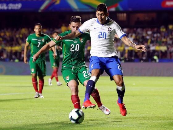 Brazil - Bolivia 3-0: Coutinho ghi cú đúp, Everton lập siêu phẩm ảnh 7