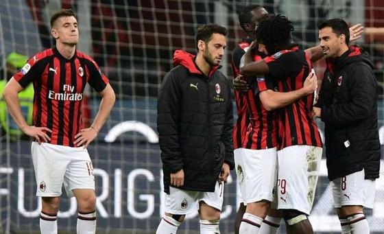 AC Milan mừng rơn khi bị cấm tham gia Europa League
