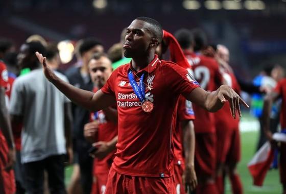 Tiền đạo Liverpool lãnh án treo giò 6 tuần vì hỗ trợ cá cược ảnh 1