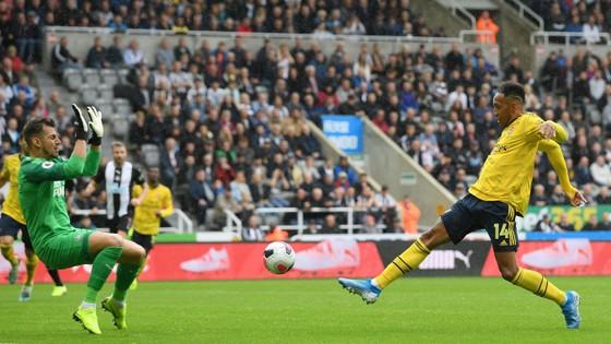 Newcastle - Arsenal 0-1, Aubameyang giúp Pháo thủ hạ gục Chích chòe ảnh 5
