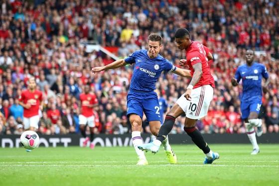 Man United - Chelsea 4-0: Rashford, Martial, James tỏa sáng, Quỷ đỏ vùi dập The Blue ảnh 12