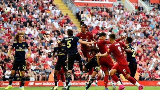 Liverpool - Arsenal 3-1: Salah ghi cú đúp, nhấn chìm Pháo thủ ảnh 8