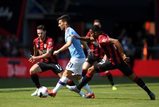 Bournemouth - Man City 1-3  Aguero ghi cú đúp, The Citizens chiếm ngôi nhì bảng ảnh 12
