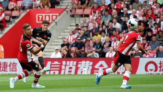 Southampton - Man United 1-1: Daniel James tỏa sáng, Quỷ đỏ đánh rơi chiến thắng ảnh 3