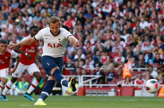 Arsenal - Tottenham 2-2 Lacazette và Aubameyang giúp Pháo thủ lội ngược dòng. ảnh 4