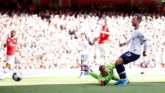 Arsenal - Tottenham 2-2 Lacazette và Aubameyang giúp Pháo thủ lội ngược dòng. ảnh 3