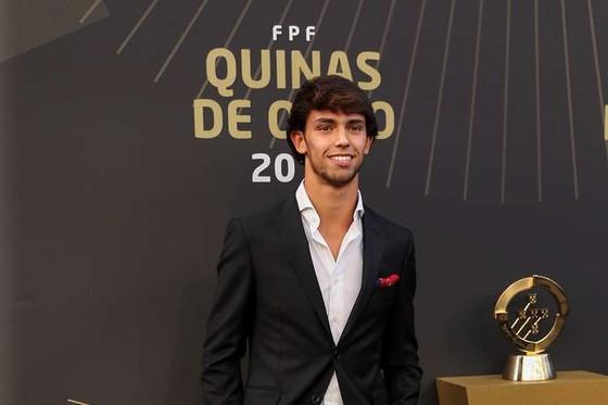 Ronaldo ghi kỷ lục 10 lần thắng giải Cầu thủ xuất sắc nhất Bồ Đào Nha ảnh 3