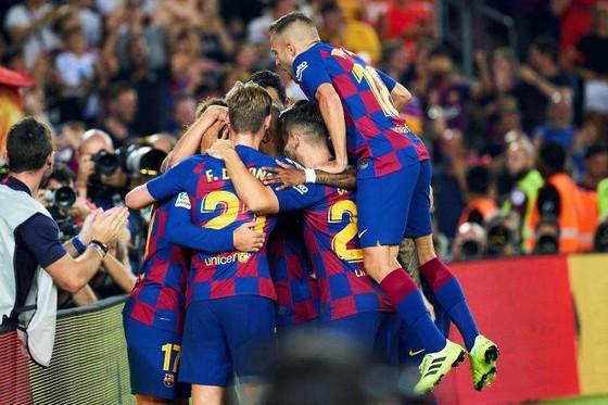 PSG và Barca đứng đâu trong danh sách 10 CLB giá trị nhất thế giới ảnh 8