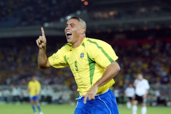 Neymar muốn phá kỷ lục của Ronaldo ảnh 1