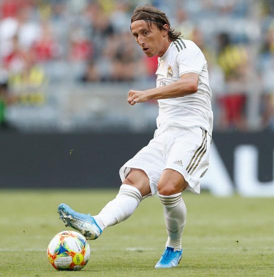 Real Madrid khốn khó khi Luka Modric chấn thương ảnh 1
