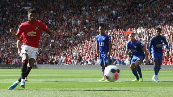 Man United - Leicester City 1-0: Rashford lại tỏa sáng giúp Quỷ đỏ lên hạng 4 ảnh 3