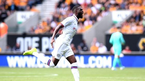 Wolves - Chelsea 2-5: Abraham ghi hattrick gây sốc cho bầy sói ảnh 3