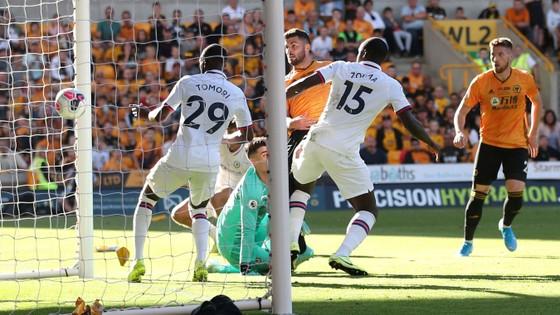 Wolves - Chelsea 2-5: Abraham ghi hattrick gây sốc cho bầy sói ảnh 7
