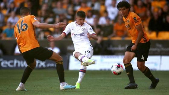 Wolves - Chelsea 2-5: Abraham ghi hattrick gây sốc cho bầy sói ảnh 8
