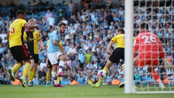 Man City - Watford 8-0: Bernardo ghi hattrick khi De Bruyne sắm vai người hùng ảnh 10