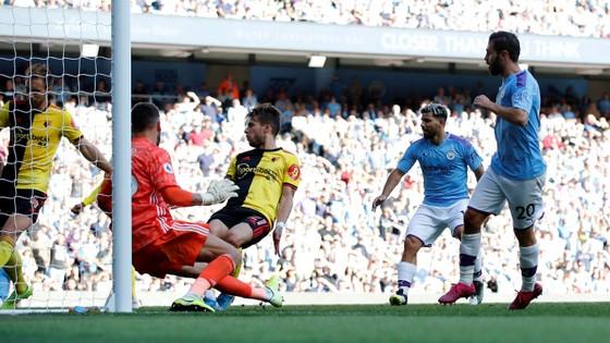 Man City - Watford 8-0: Bernardo ghi hattrick khi De Bruyne sắm vai người hùng ảnh 11
