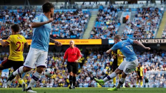 Man City - Watford 8-0: Bernardo ghi hattrick khi De Bruyne sắm vai người hùng ảnh 12