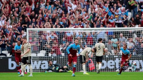 West Ham - Man United 2-0: Quỷ đỏ thảm bại. tụt xuống thứ 8 ảnh 5