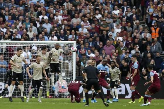 West Ham - Man United 2-0: Quỷ đỏ thảm bại. tụt xuống thứ 8 ảnh 8