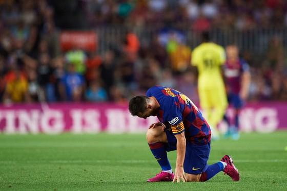 Busquets hạnh phúc tranh giành vi trí chính thức ở Barcelona ảnh 1