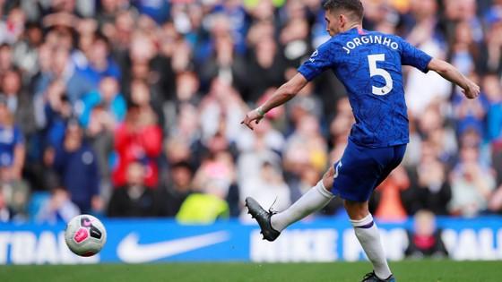 Chelsea - Brighton 2-0: Jorginho và Willian lập công ảnh 5