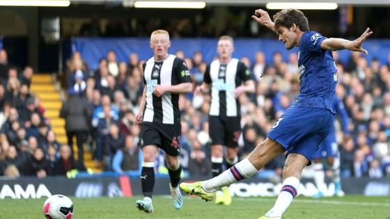 Chelsea - Newcastle 1-0: Người hùng Marcos Alonso ảnh 6