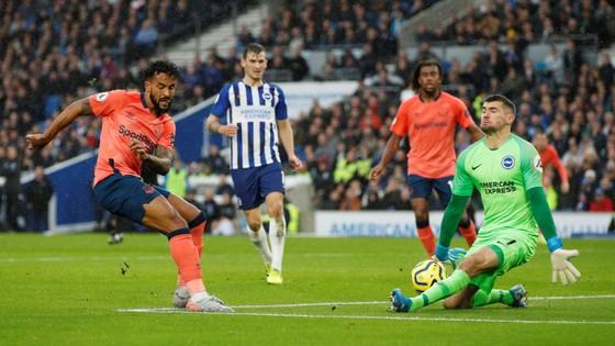 Brighton - Everton 3-2: Lucas Digne đốt lưới nhà giúp Mồng biển thắng ngược phút cuối ảnh 5