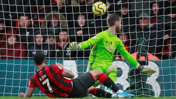 Bournemount - Man United 1-0: Joshua King nhấn chìm Quỷ đỏ ảnh 6
