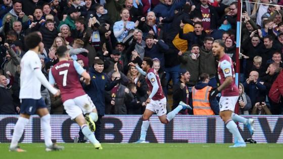 Aston Villa - Liverpool 1-2. Robertson, Sadio Mane giúp Klopp thắng ngược phút chót ảnh 3